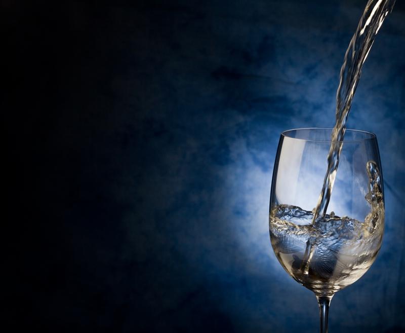 ¿Conoces las señales de que debes beber agua? Aquí mostramos 5 indicios