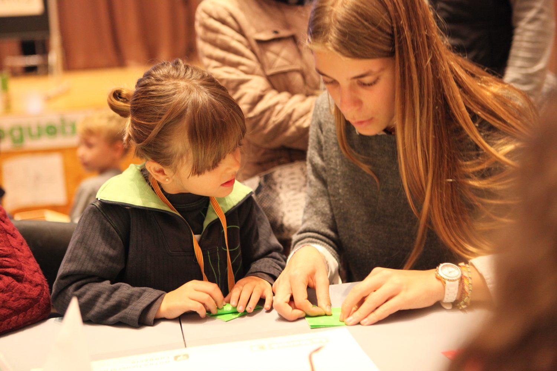 """""""1 origami 1 euro"""" destinará la donación de este año a La Marató de TV3, a la Fundación Esclerosis Múltiple y a Cáritas"""