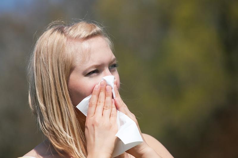5 síntomas que pueden parecer alergia pero que son algo peor