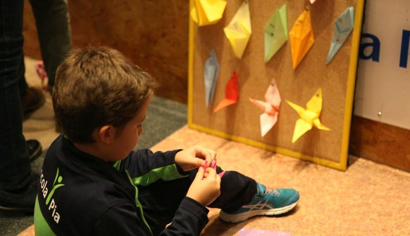 IV Edición «1 origami 1 euro»: Más de 330.000 origamis incluyendo 98 senbazurus