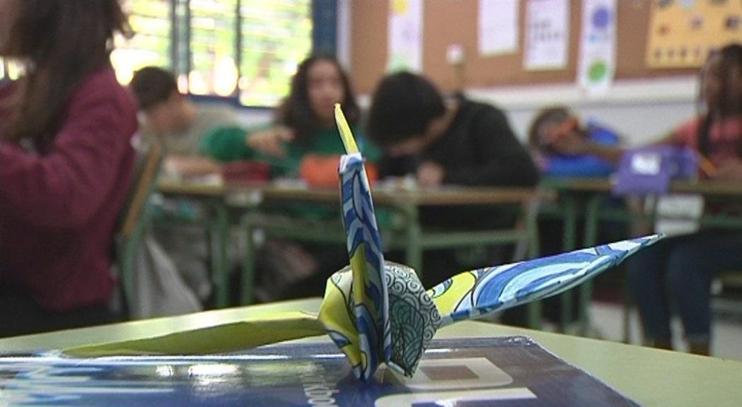 Las niñas y niños de Cataluña dan alas a los más de 188.000 origamis solidarios