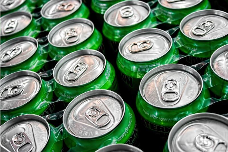Los refrescos con azúcar: ¡tan nocivos como fumar!