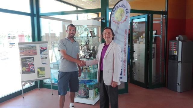 Acuerdo entre la Mútua General de Catalunya y el Club Esportiu Catalunya Tennis Ressort