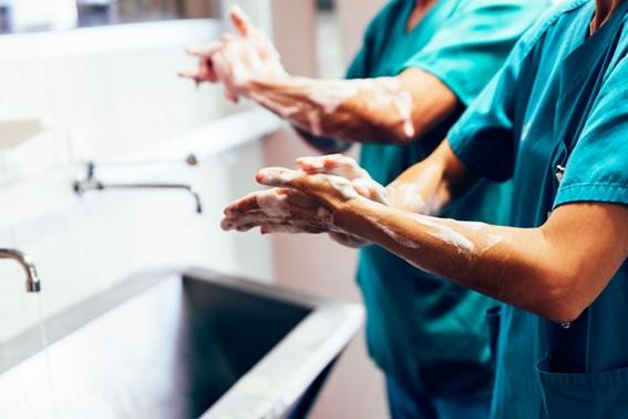 asistencia hospitalaria y asistencia extrahospitalaria